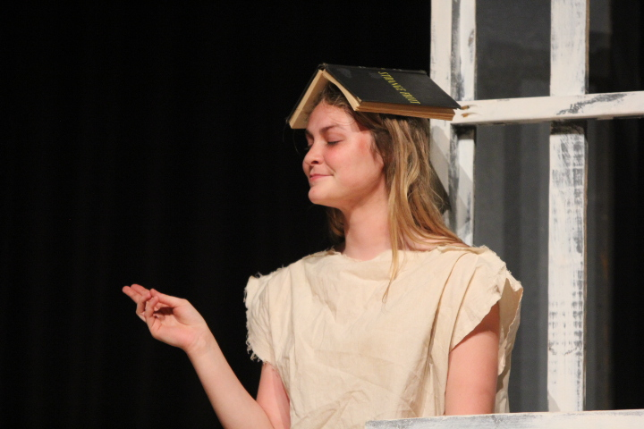 During+their+performance+in+front+of+the+student+body%2C+senior+Misty+Pate+plays+a+slightly+crazy+character+in+the+one-act+play+about+an+insane+asylum.