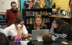 Navigation to Story: Art club hosts October meeting